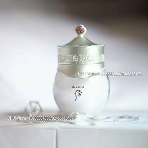 Whoo Radiant White Moisture Cream Kem dưỡng trắng và điều hòa thần sắc làn da Đông Y Hoàng Cung 60ml
