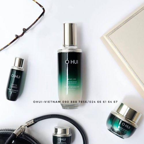 OHUI Prime Advancer Skin Emulsion Sữa dưỡng với kết cấu mềm mại, giúp da sáng bóng khỏe mạnh, cải thiện nếp nhăn 130ml